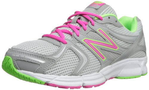competitive price b9991 faf64 New Balance Women s W490V2 Running Shoe Silver 5 B US