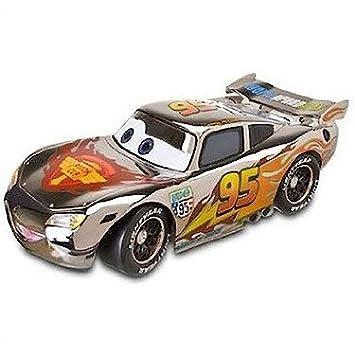 Disney Pixar Cars - Flash McQueen - Véhicule Die Cast Finition Métallisée