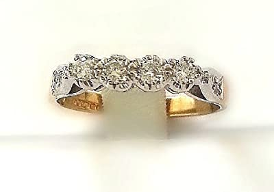 0.22ct H/SI1 Round Brilliant Half Eternity Diamonds Ring set in 9ct yellow and white gold.Size- P