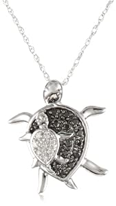 XPY 10k White Gold Mother and Baby Turtle Diamond Pendant Necklace (0.08 cttw, I-J Color, I2-I3 Clarity), 18