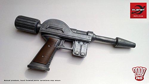 Judge Dredd 1:1 Lawgiver Mk1 Replica