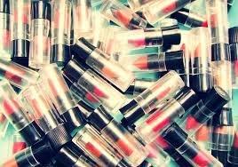 25-x-avon-mixed-mini-lippenstift-grossartig-fur-abende-reisen-kleine-madchen-partytuten-usw-brandneu