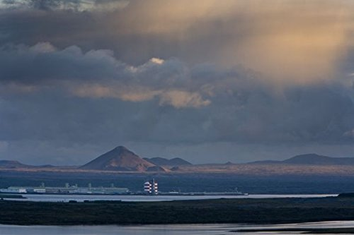 rio-tinto-alcan-aluminium-factory-hafnarfjordur-iceland-30x40-photo-reprint