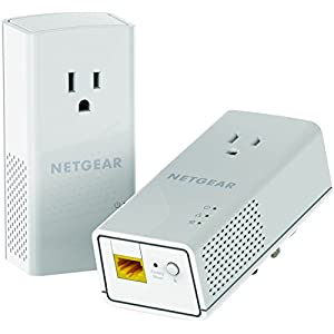 Netgear Powerline 1200 and Extra Outlet (PLP1200-100PAS)