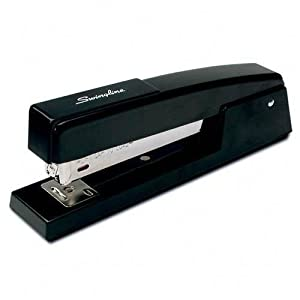 Swingline 747 Classic Desk Stapler, 20 Sheet Capacity, Black (S7074771H)