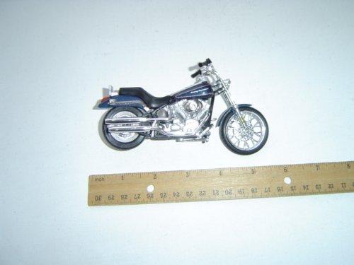 Harley-Davidson Motorcycle 2002 FXSTD Softail Deuce 1:18 Series 15