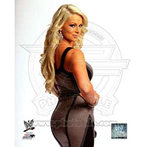 (8x10) World Wrestling Entertainment - Maryse 2011 Posed Glossy Photograph