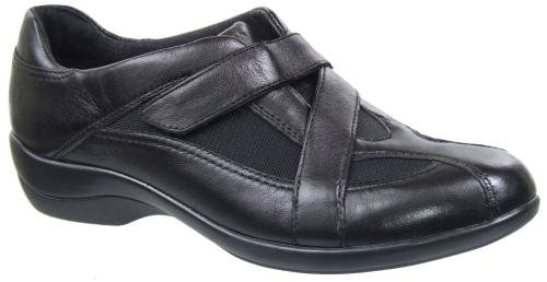 Clarks Women's Showstopper Loafer,Black,6 M US