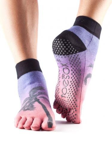 Toesox-Chaussettes-Orteils-Yoga-complet