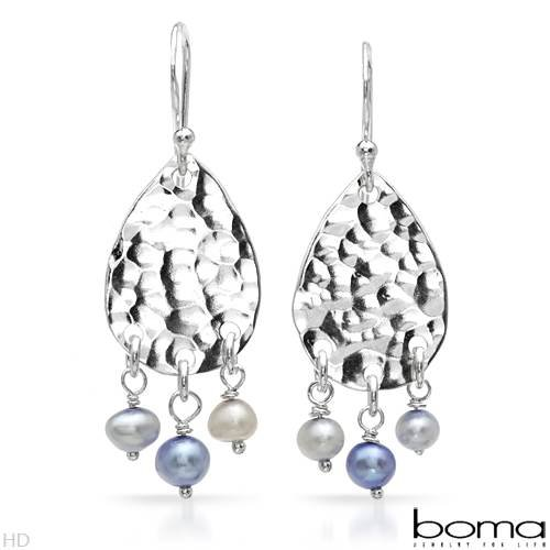 Boma Sterling Silver Pearl Chandelier Ladies Earrings. Length 37 mm. Total Item weight 3.9 g.