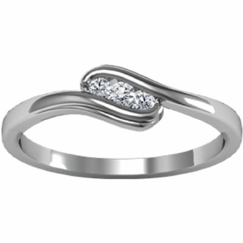 18K White Gold Diamond Heart Promise Ring - 0.07 Ct. - Size 7