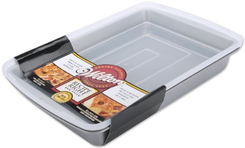 Wilton Recipe Right 13 x 9-Inch Oblong Pan with Cover