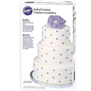 Wilton Rolled Fondant, Ready-to-use. Color: White, 80 oz. (5 lbs.).