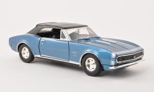 Chevrolet-Camaro-SS-Convertible-met-blau-1967-Modellauto-Fertigmodell-Motormax-124