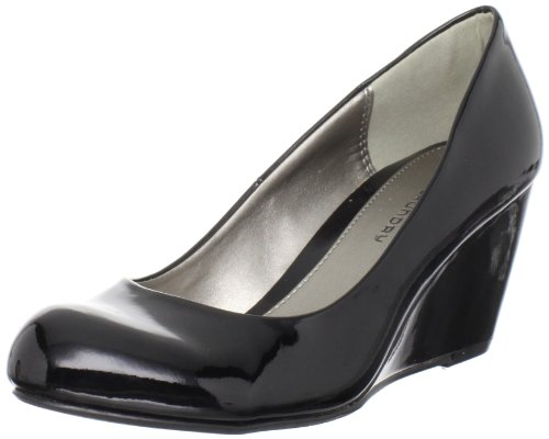 CL by Chinese Laundry Women's Nima Wedge Pump,Black Patent,7.5 M US
