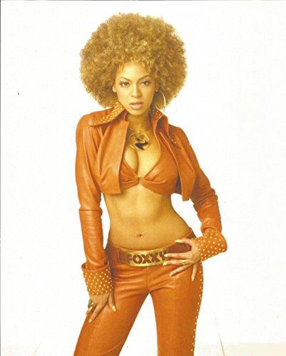 Austin Powers Beyoncé bikini top & pants - 8 x 10 inch Costume test Photo #2 - 004 (Collectibles Movie Costumes Austin Powers)