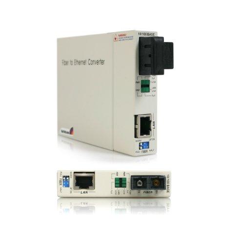 Startech.Com 10/100 Mbps Single Mode Fiber Media Converter - 30 Km (Et90110Sm30) front-539433