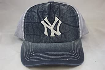 New York Yankees Retro Vintage Washed Twill Cap in Team Colors by American Needle