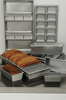 Focus Foodservice Commercial Bakeware 4 Strap 5-5/8 by 3-1/8-Inch Bread Pan Set