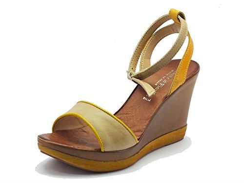 Sandalo Mercante di Fiori in pelle beige e gialla con zeppa alta (Taglia 35)
