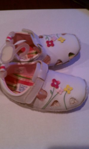 Baby Deer Trainer 1-5185 Girls First Walking Shoe White with Flower Details