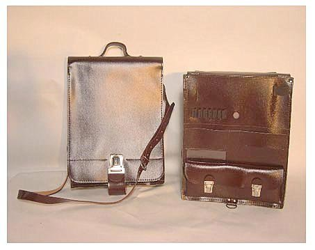 CZECH ARMY OFFICERS SHOULDER/MESSENGER BAG..EXTREME MILITARY COOL AND PERFECT FOR IPAD