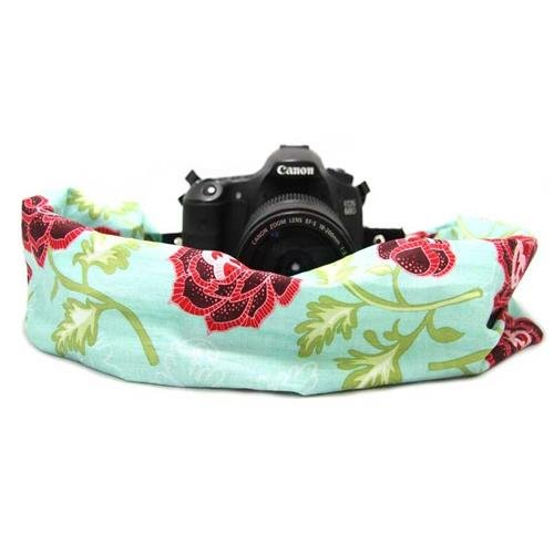 capturing-couture-scarf-camera-strap-azalea-teal