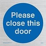 Please close this door - Mandatory Sign