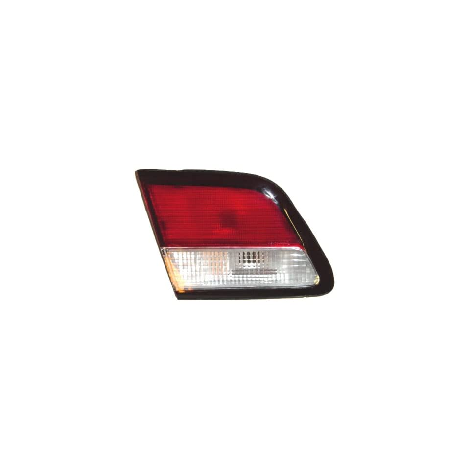 OE Replacement Nissan/Datsun Maxima Rear Driver Side Back Up Light Lens/Housing (Partslink Number NI2886101)
