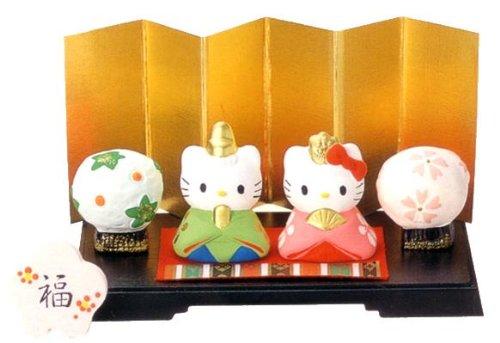 【雛人形/ひな人形】ハローキティ ミニ雛飾りセット 出産祝い 陶器 お雛様 桃の節句 雛祭り 内祝い 誕生日お祝い 大人女子もひな祭り