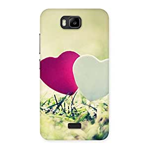 Enticing Heart Couple Multicolor Back Case Cover for Honor Bee