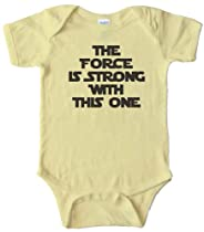 THE FORCE IS STRONG WITH THIS ONE - STAR WARS - BABY ONESIE - Light Yellow (24 MONTH)