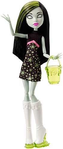 Monster High Ghoul Fair Scarah Screams Doll - 1