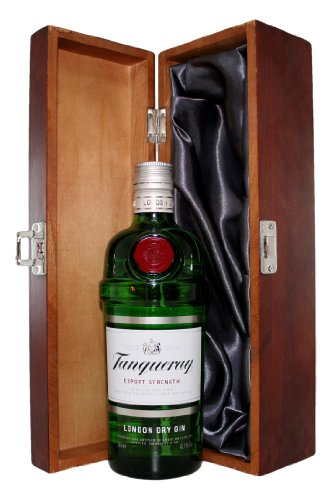 tanqueray-gin-with-luxury-hinged-stained-wooden-box