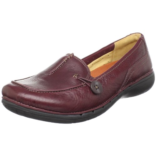 Clarks Women's Un.Believable Loafer,Burgundy,8 M US