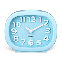 Hense 3D Modern Decorative Arabic Numerals Clock Mute Silent Quiet Non Ticking Analog Quartz Alarm Clock with Night Light HA63 (Blue)