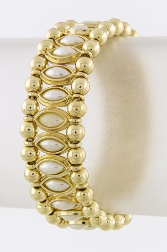 Karmas Canvas Oval Stone Lined Bracelet (Gold/Pearl) front-1020533