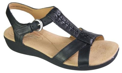 Naturalizer Women's Weslie Sandal,Black,9 W US