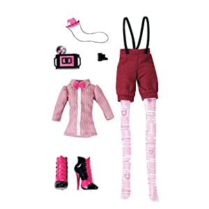 Monster High Newspaper Club Draculaura Fashions Pack