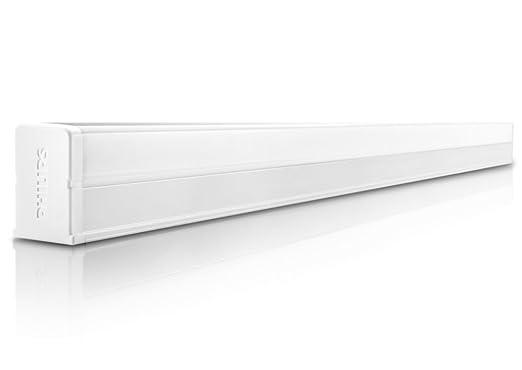 Philips SlimLine 10-Watt 2 feet Cool Day Light LED Batten for 349.00 at Amazon