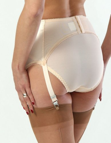 how to wear a garter belt without stockings