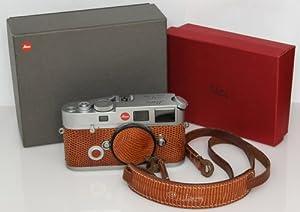 Leica M6 TTL 35mm RangeFinder Camera Body (Black)