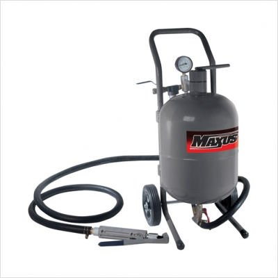 45 Pound Pressure Feed Sandblaster with Steel Hopper