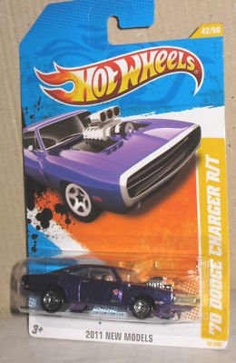2011 Hot Wheels 42/244 - New Models 42/50 - '70 Dodge Charger R/T (Purple)
