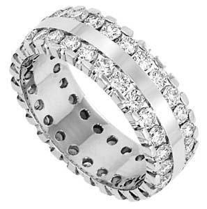 3.50 ct Lady's Round Cut Diamond Wedding Band in 14 kt White Gold.