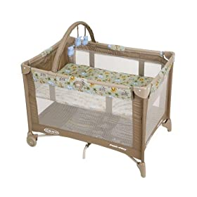 Graco Pack 'n Play Playard with Bassinet