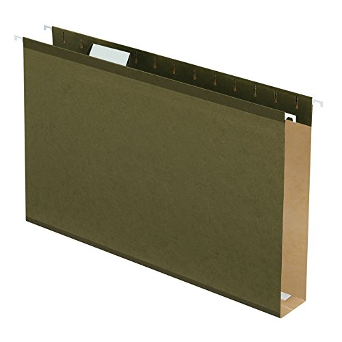 """Pendaflex Extra Capacity Reinforced Hanging Folders, 2"""" Expansion, Legal Size, Standard Green, 25 per Box (04153X2)"""