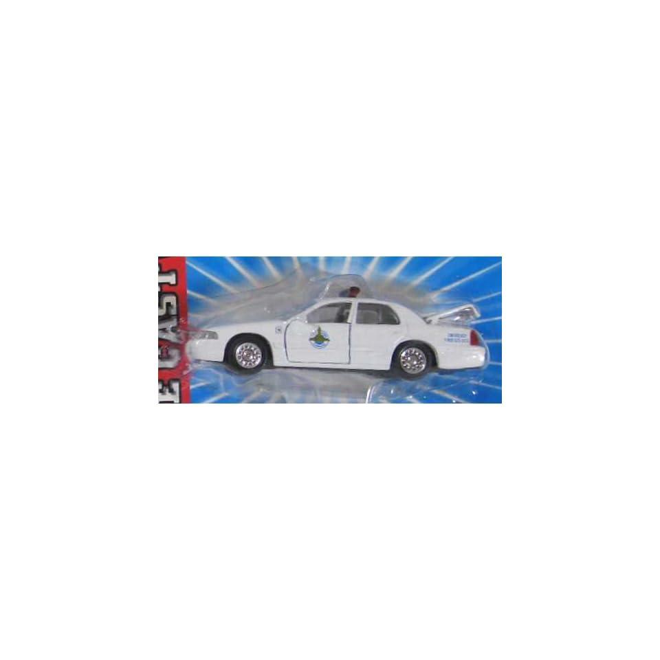 NEBRASKA STATE PATROL Road Champs 1998 Ford Crown Victoria Police Series Die Cast Car 143 Scale