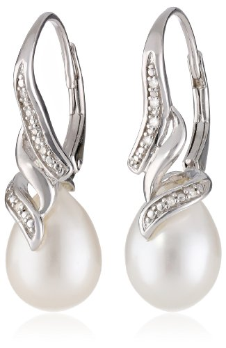 Sterling Silver Freshwater Cultured Pearl and Diamond (0.05cttw, G-H Color, I2-I3 Clarity) Leverback Earrings