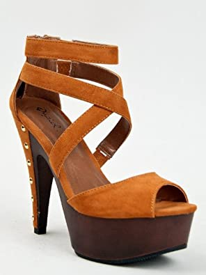 Qupid CUBE-33 Wooden Platform Studded High Heel Strappy Peep Toe Sandal